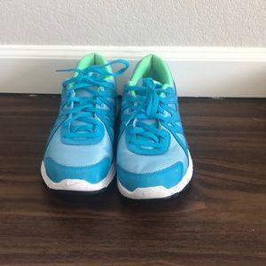 Blue/green women's nike gym shoes
